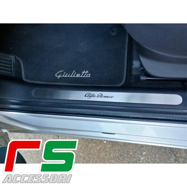 soglia battitacco batticalcagno sottoporta Alfa Romeo Giulietta in acciaio
